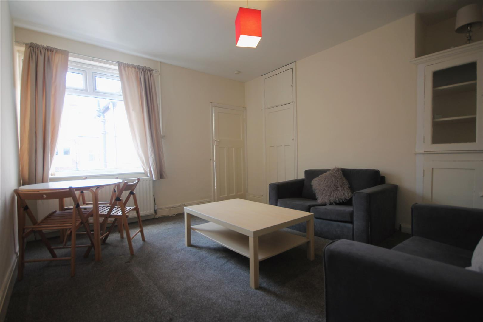 Chillingham Road Newcastle Upon Tyne, 3 Bedrooms  Apartment ,To Let